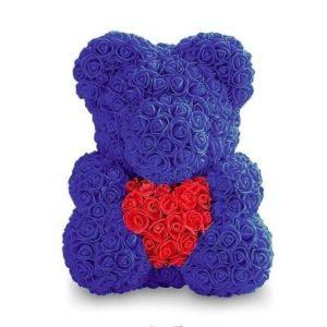 Мишка из роз с сердцем. Синий